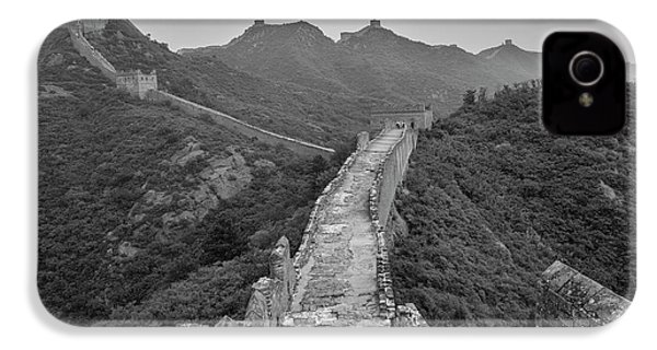 IPhone 4s Case featuring the photograph Great Wall 6, Jinshanling, 2016 by Hitendra SINKAR