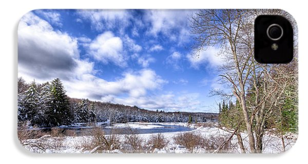 IPhone 4s Case featuring the photograph Heavy Snow At The Green Bridge by David Patterson