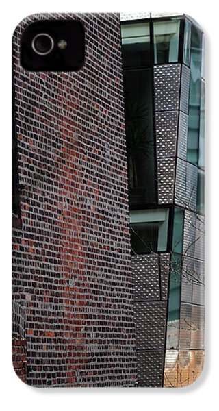 Leaning In At The High Line IPhone 4s Case