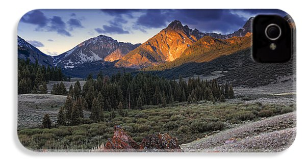 Lost River Mountains Moon IPhone 4s Case