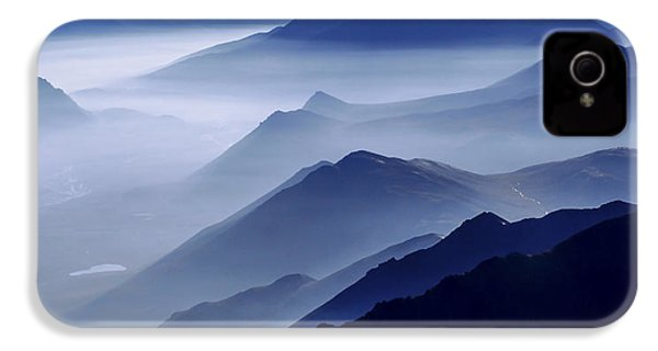 Morning Mist IPhone 4s Case by Chad Dutson