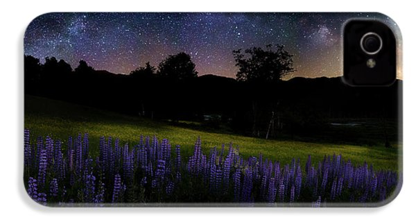 IPhone 4s Case featuring the photograph Night Flowers by Bill Wakeley