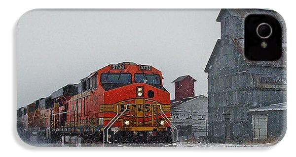 Northbound Winter Coal Drag IPhone 4s Case by Ken Smith