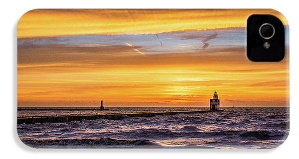 IPhone 4s Case featuring the photograph October Surprise by Bill Pevlor