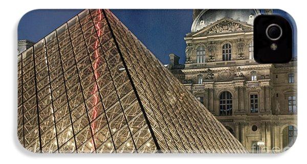 Paris Louvre IPhone 4s Case