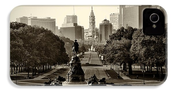 Philadelphia Benjamin Franklin Parkway In Sepia IPhone 4s Case