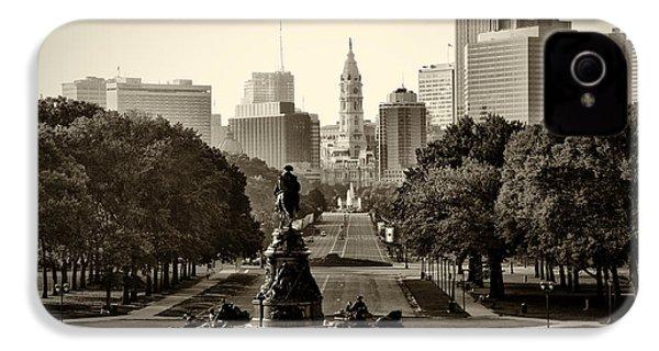 Philadelphia Benjamin Franklin Parkway In Sepia IPhone 4s Case by Bill Cannon
