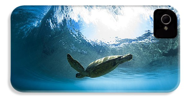 Pipe Turtle Glide IPhone 4s Case by Sean Davey