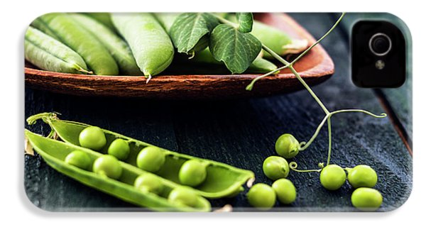 Snow Peas Or Green Peas Still Life IPhone 4s Case by Vishwanath Bhat