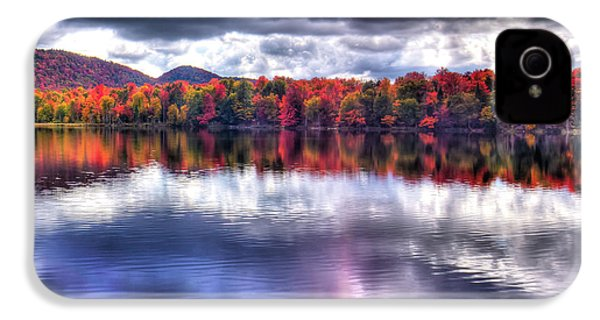 IPhone 4s Case featuring the photograph Sun Streaks On West Lake by David Patterson