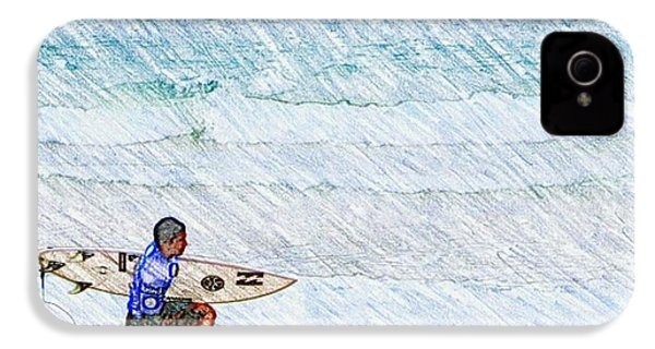 Surfer In Aus IPhone 4s Case by Daisuke Kondo