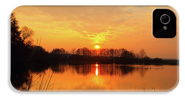 The Waal IPhone 4s Case by Nichola Denny