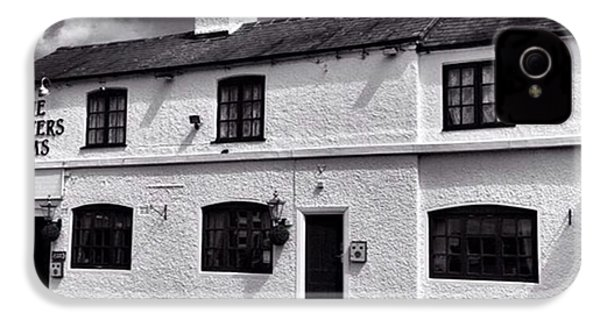 The Weavers Arms, Fillongley IPhone 4s Case by John Edwards