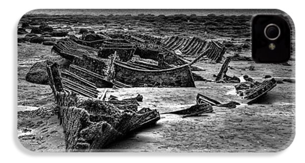 The Wreck Of The Steam Trawler IPhone 4s Case by John Edwards