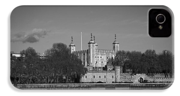 Tower Of London Riverside IPhone 4s Case by Gary Eason
