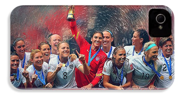 Us Women's Soccer IPhone 4s Case by Semih Yurdabak