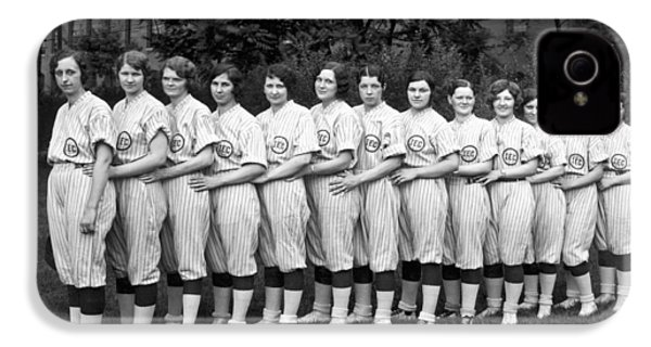 Vintage Photo Of Women's Baseball Team IPhone 4s Case by American School