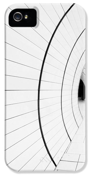 London Tube iPhone 5 Case - ((( I) by Renata Z.