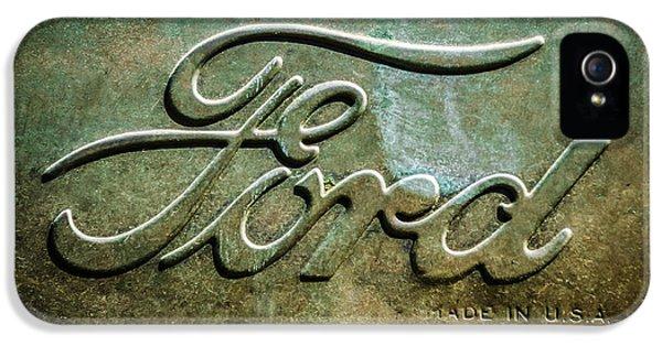 1912 Ford Hood Ornament - Emblem -0496bw IPhone 5 Case