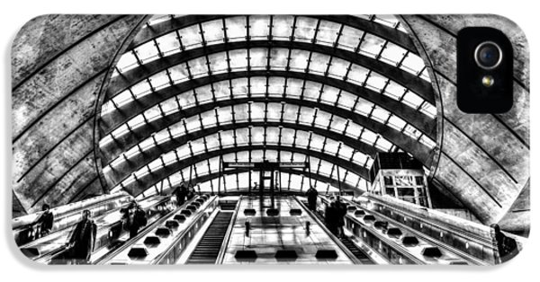 Canary Wharf Station IPhone 5 Case by David Pyatt