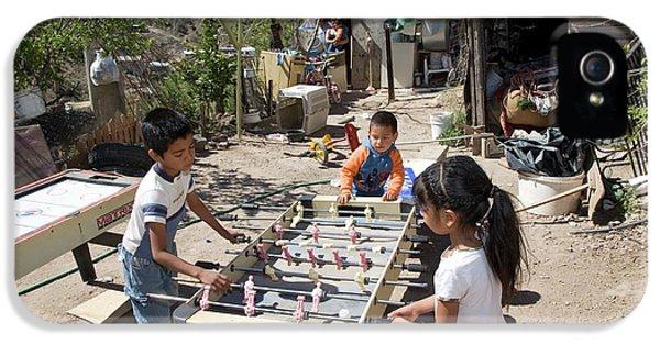 Children Playing In A Slum IPhone 5 Case