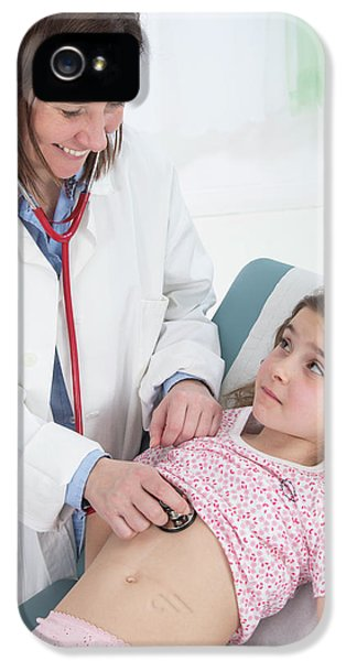 Doctor Using Stethoscope IPhone 5 Case