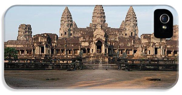Facade Of A Temple, Angkor Wat, Angkor IPhone 5 Case
