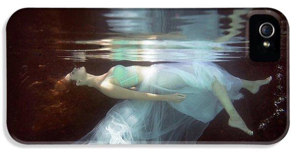 Breathe iPhone 5 Case - Laura by Gabriela Slegrova