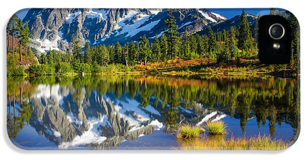 Picture Lake IPhone 5 Case