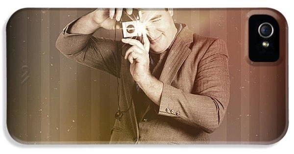 Retro Photographer Man Taking Photo With Camera IPhone 5 Case