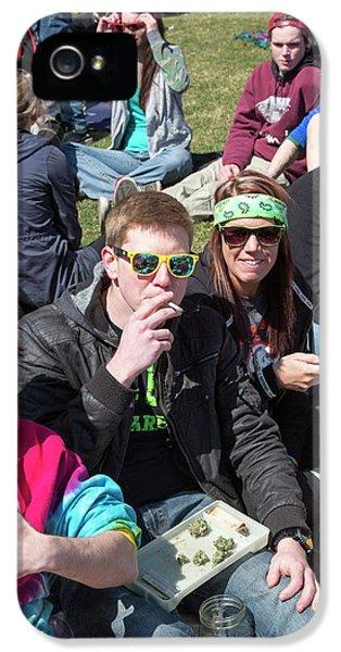 Smoking Marijuana IPhone 5 Case