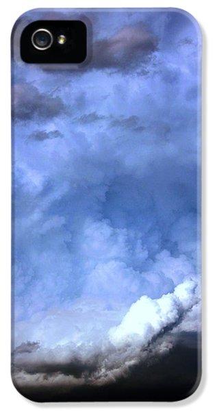 Nebraskasc iPhone 5 Case - There Be A Storm A Brewin In Nebraska by NebraskaSC
