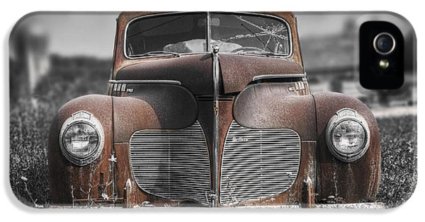 1940 Desoto Deluxe With Spot Color IPhone 5 Case by Scott Norris