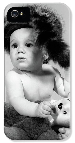1960s Baby Wearing Coonskin Hat IPhone 5 Case