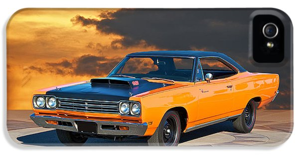Roadrunner iPhone 5 Case - 1969 Plymouth 440 6bl Roadrunner by Dave Koontz