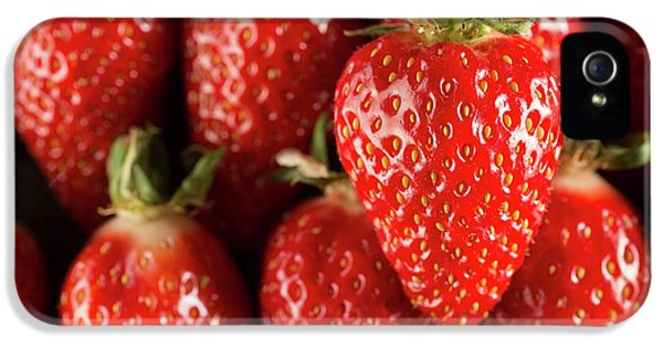Gariguette Strawberries IPhone 5 / 5s Case by Aberration Films Ltd