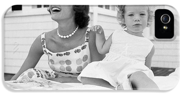 Jacqueline And Caroline Kennedy At Hyannis Port 1959 IPhone 5 Case by The Harrington Collection