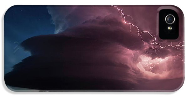 Lighting And Supercell Storm IPhone 5 Case by Roger Hill