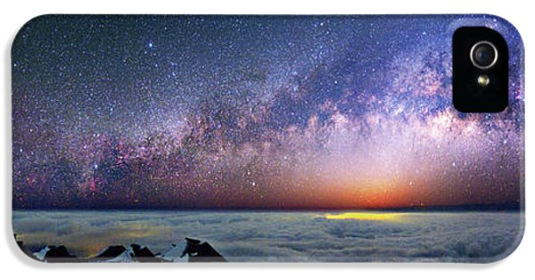 Milky Way Over Telescopes On Hawaii IPhone 5 Case by Walter Pacholka, Astropics