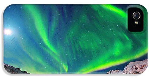 Aurora Borealis IPhone 5 Case by Babak Tafreshi