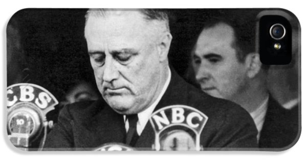President Franklin Roosevelt IPhone 5 Case by Underwood Archives
