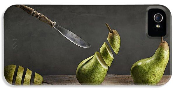 Pear iPhone 5 Case - No Escape by Nailia Schwarz