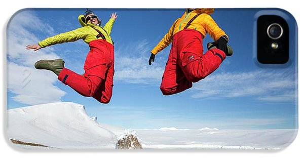 A Man And Woman Jumping For Joy IPhone 5 Case