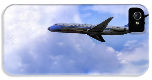 Air Force One - Mcdonnell Douglas - Dc-9 IPhone 5 Case by Jason Politte