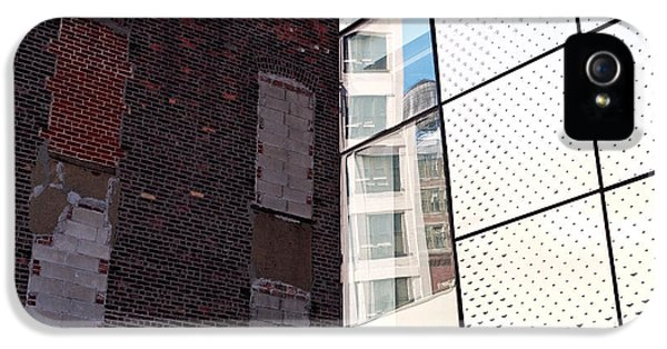 Architectural Juxtaposition On The High Line IPhone 5 Case by Rona Black