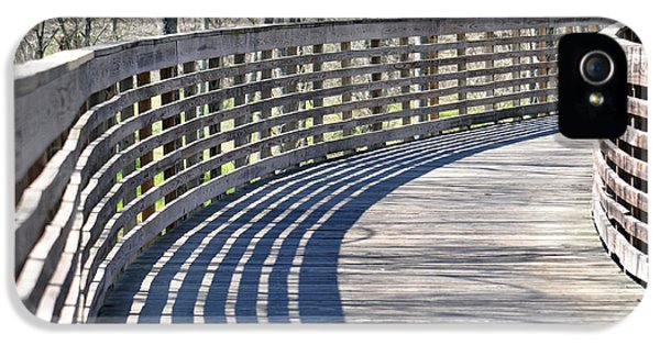 Around The Bend IPhone 5 / 5s Case by Teresa Blanton