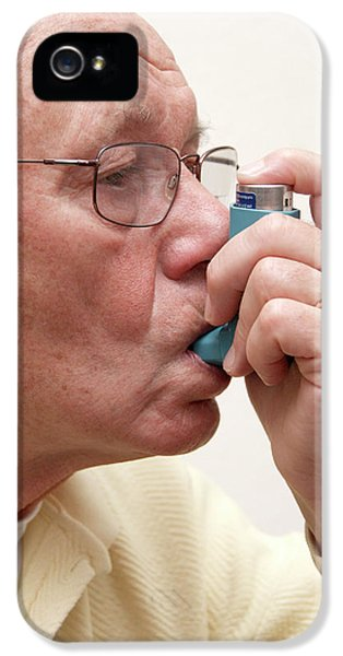 Breathe iPhone 5 Case - Asthma Attack by Cordelia Molloy/science Photo Library