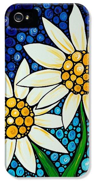 Daisy iPhone 5 Case - Bathing Beauties - Daisy Art By Sharon Cummings by Sharon Cummings