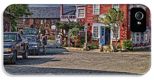 Bearskin Neck IPhone 5 Case by Mark Myhaver