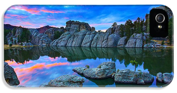 Landscape iPhone 5 Case - Beauty After Dark by Kadek Susanto